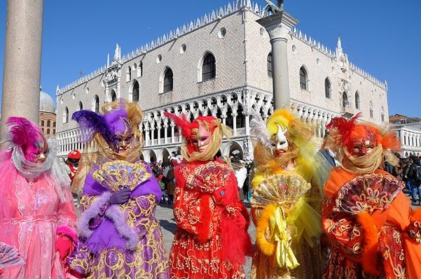 歐洲 | 義大利冬季限定:與「威尼斯嘉年華會」華麗相約