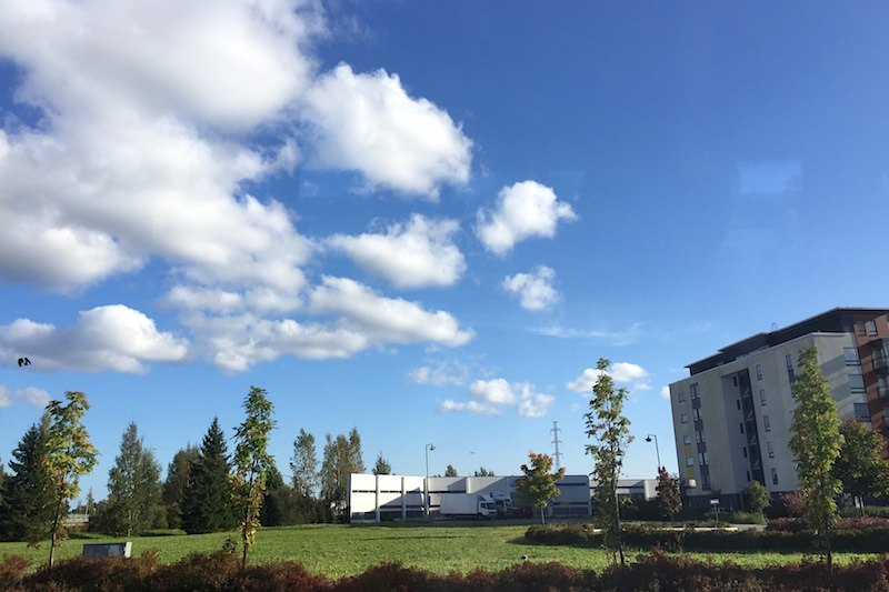芬蘭 | 赫爾辛基中央車站往返萬塔機場的3種不同交通工具選擇