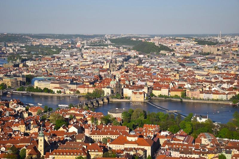 捷克 | 布拉格:纜車遊佩特任山Petrin Hill,眺望布拉格美景