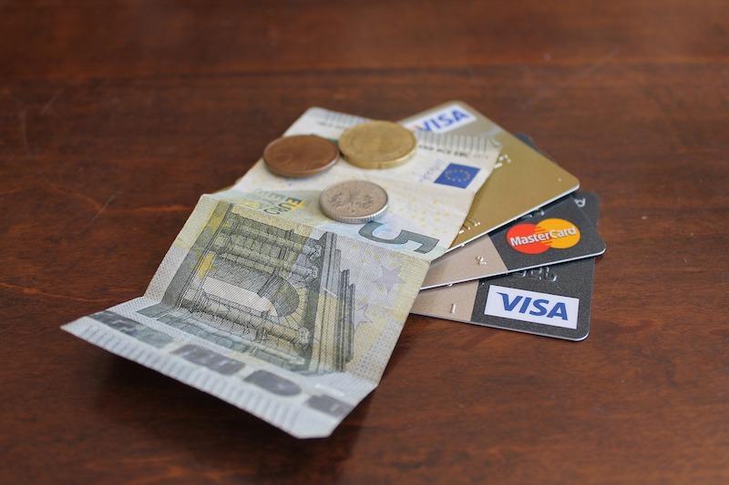 歐洲旅行刷卡攻略 | 感應信用卡、Apple Pay、Google Pay三兩事