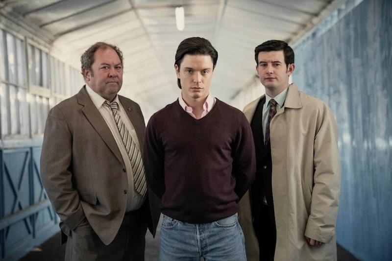 英劇「白屋農場謀殺案」真實故事改編之英俊養子奪產滅門謀殺案