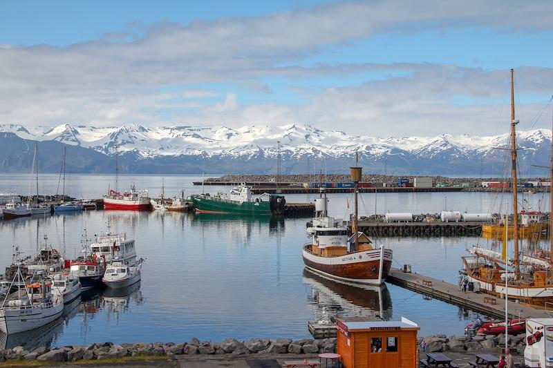 跟著《歐洲歌唱大賽:火焰傳說》去冰島.胡薩維克、蘇格蘭.愛丁堡旅行