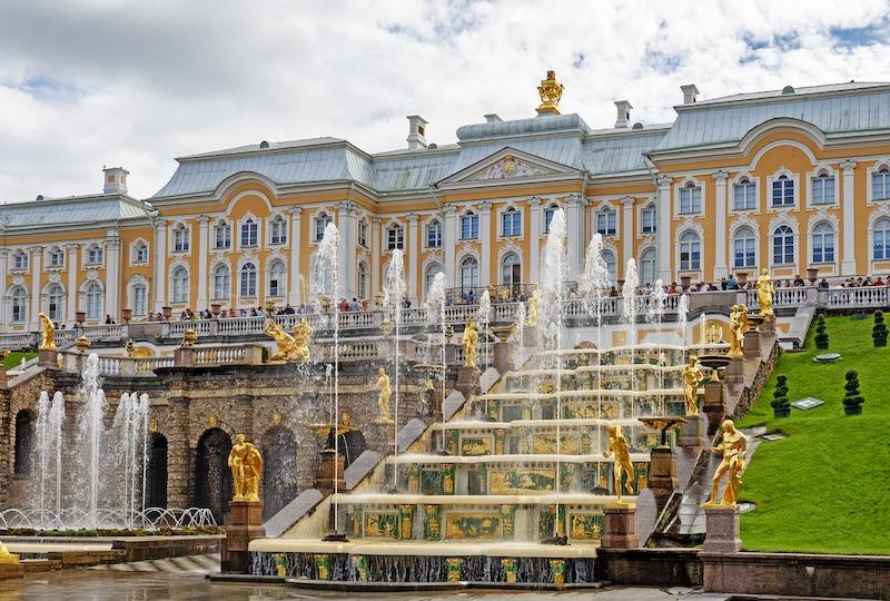 俄羅斯 | 聖彼得堡:如何搭地鐵+公車到夏宮(彼得霍夫宮Peterhof)