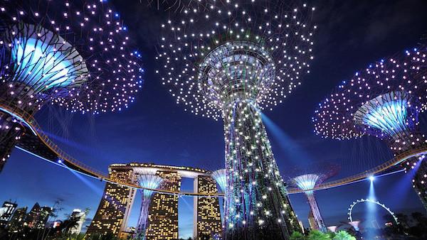 1050-singapore-high-tech-garden-body02-rect.jpg