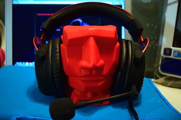 旅行X影音X通話5大享受 kingston HyperX Cloud II耳機一機多滿足