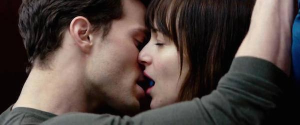 格雷的五十道陰影:情慾中不為人知的灰暗面 愛療癒了誰?